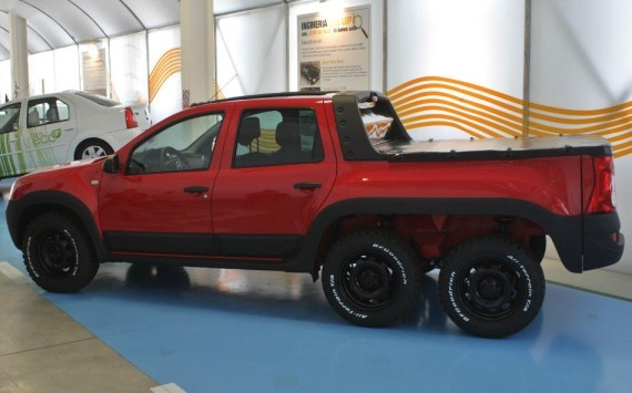 Dacia Dustruck — шестиколёсный Renault Duster