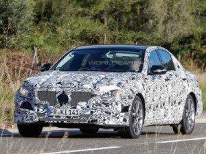 Mercedes впервые заснят с производственной светотехникой