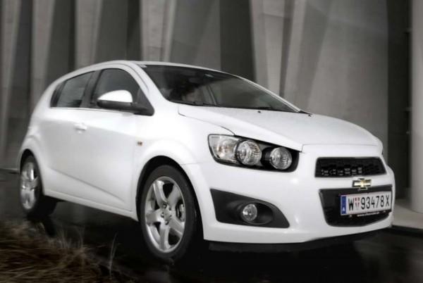 новый хэтчбек Chevrolet Aveo 2012