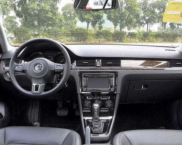 Volkswagen Bora фото салона