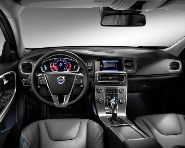 Volvo S60 салон